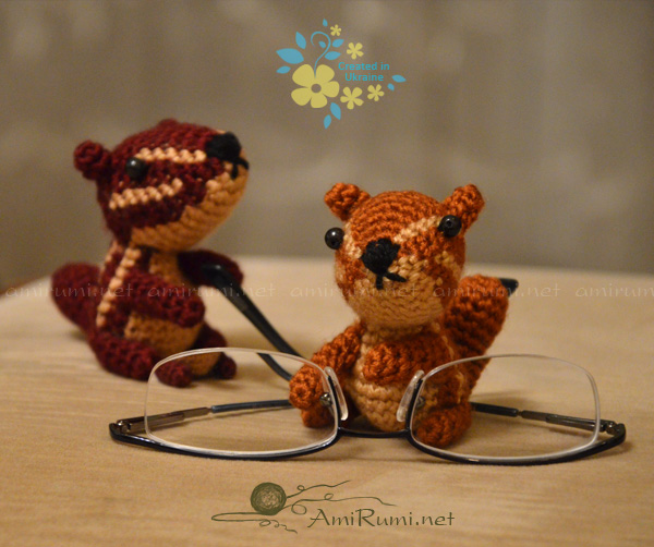 Crocheted amigurumi toys Chipmunks' discovery