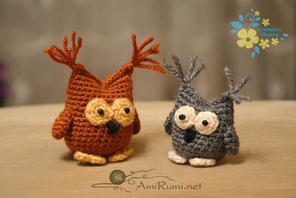 Crocheted amigurumi toys Owls small and large